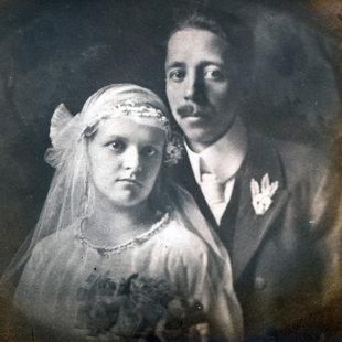 mesteri Gáncs Aladár és diGleria Róza esküvői képe, 1922