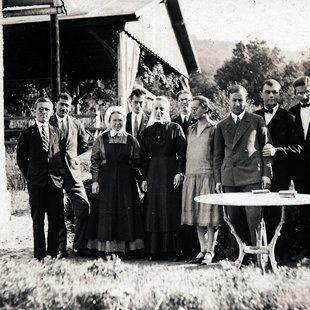 Egy piliscsabai konferencia résztvevői
